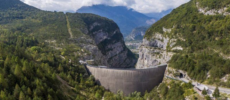I luoghi del Vajont: il paese di Erto e Casso