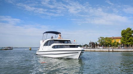 Vacanze a bordo di una Houseboat